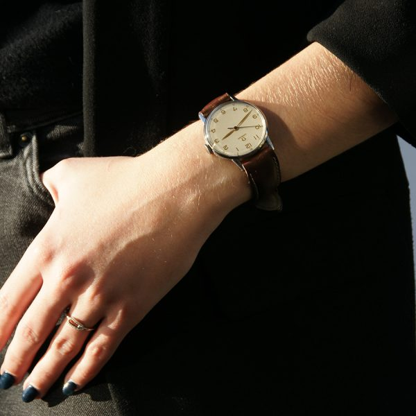 rare-watches-co-montres-occasion-omega-stainless-steel-mecanical-women