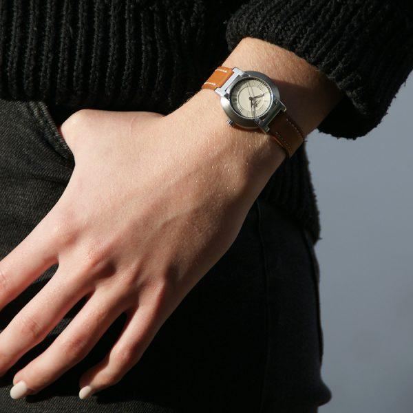 rare-watches-co-montres-femme-occasion-hermes-nomade-auto-quartz