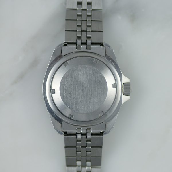 rare-watches-co-montres-occasion-heuer-844-1-monnin-professionnal-200m-caseback