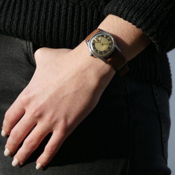 rare-watches-co-montres-occasion-tissot-aquasport-vintage-militaire-femme